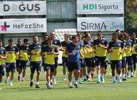 Fenerbahçe'de şok sakatlık! Kadrodan çıkartıldı