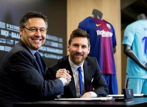Messi'nin yeni maaşı belli oldu! Tevez'i tahttan indirdi