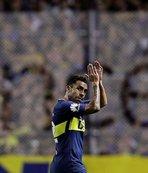 Carlos Tevez bırakıyor!