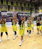 Fenerbahçe, üst üste ikinci galibiyetin peşinde