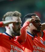 Başakşehir'den UEFA'ya asker selamı göndermesi!