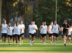 Galatasarayda gönderilecek isimler netleşti