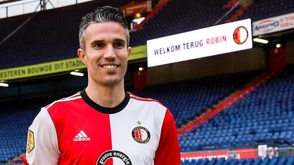 Feyenoord'ta van Persie depremi!