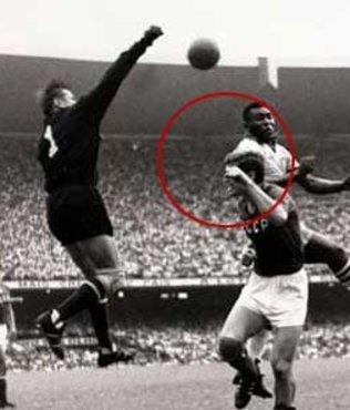 İşte futbolda 70 yıldır kırılamayan rekor!