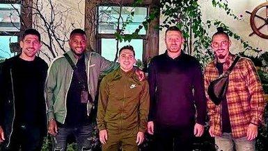 Trabzonsporlu futbolcular saha dışında da ayrılmıyorlar