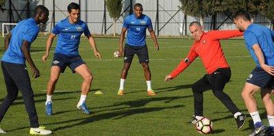 Akhisar'da Kasımpaşa maçı hazırlıkları başladı