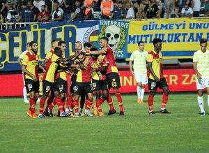 Göztepe - Fenerbahçe maçı capsleri
