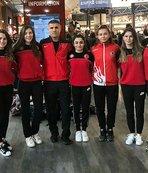 Kadın milli judokalar Düsseldorf'a gitti