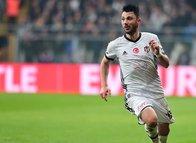 Tolgay Arslan Fenerbahçe'ye! Beşiktaş kadro dışı bırakmıştı...