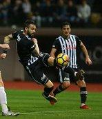 Beşiktaş'ın forvetine Çin'den kanca
